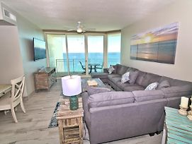 2111 - 2B/2 Bath With Bunks. Master Bedroom & Living Room Face The Gulf! photos Exterior