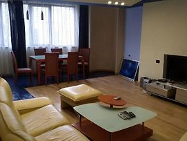 Sayat Nova 15, 1 Bedroom, In The Center Of Yerevan photos Exterior
