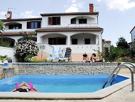 Holiday House In Vabriga With Balcony, Air Conditioning, Wifi, Washing Machine photos Exterior