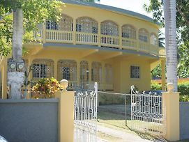 Unity Villa One Bedroom Apartment Close To Montego Bay And Beaches With Wifi photos Exterior