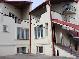 Villa 4U In Tbilisi photos Exterior