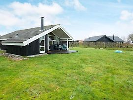 Three-Bedroom Holiday Home In Jaegerspris 1 photos Exterior