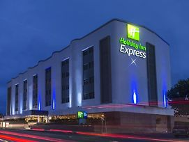 Holiday Inn Express Mexico - Toreo photos Exterior