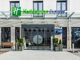 Holiday Inn Express Munich - City East photos Exterior