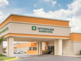 Wyndham Garden Oklahoma City Airport photos Exterior