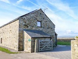 Ingleborough Barn photos Exterior