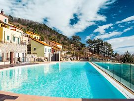 Boutique Holiday Home In Magliolo With Swimming Pool photos Exterior