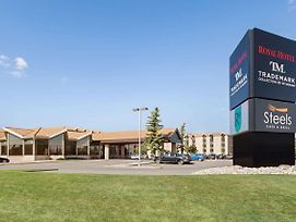 Royal Hotel West Edmonton, Trademark Collection By Wyndham photos Exterior