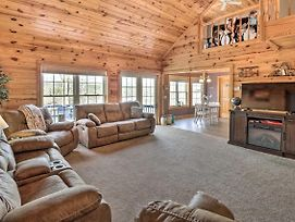 Lakefront Hot Springs Retreat With Deck And Boat Dock! photos Exterior