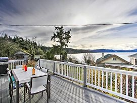 Waterfront Cottage W/ Beach + Sunset Views! photos Exterior