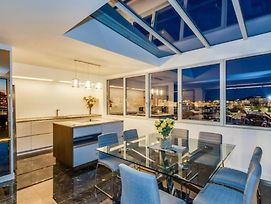Luxury Penthouse, The Best Place In Town photos Exterior