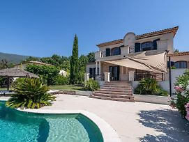 Cosy Holiday Home In Seillans With A Swimming Pool photos Exterior