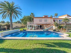 Villa For 6 Pax Alfaz Del Pi Private Swimming Pool Sunny Terraces And Garden photos Room