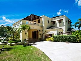 Exclusive 5/6 Bed Luxury Villa photos Exterior