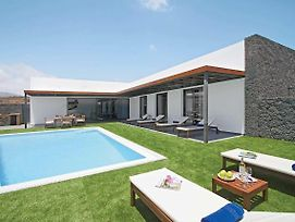 Puerto Del Carmen Villa Sleeps 8 Pool Air Con Wifi photos Exterior