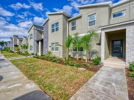 Vhc8077Ha - 4 Bedroom Townhouse In Champions Gate Resort, Sleeps Up To 10, Just 7 Miles To Disney photos Exterior
