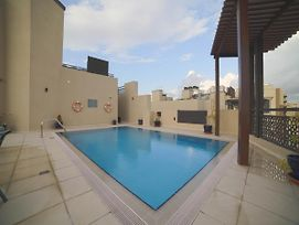 Oyo 487 Home Marbella Apartments, 2Bhk photos Exterior