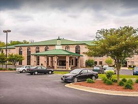 Quality Inn & Suites Forest Park photos Exterior