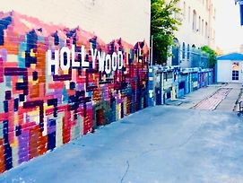 Hollywood Budget Bnb Guesthome Rooms photos Exterior