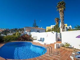 Nerja Villa Sleeps 8 With Pool Air Con And Wifi photos Exterior