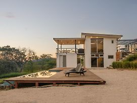 Modern Beach House With Stunning Views - Sleeps 8 photos Exterior