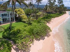 Modern Mokuleia Beachfront Home photos Exterior