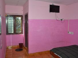 Kongu Rooms photos Exterior