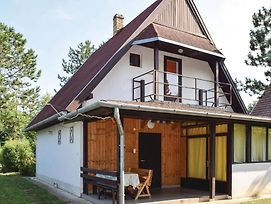 Four Bedroom Holiday Home In Balatonszemes photos Exterior