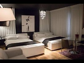 Studio Downtown Montreal Drummond Near Ritzfeel Like A Hotel Boutic photos Exterior