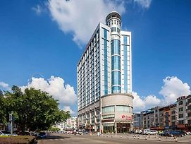 Ramada By Wyndham Liuzhou Luzhai photos Exterior