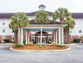 Quality Inn & Suites Patriots Point photos Exterior
