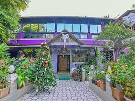 Colorful Stay Near Sunset Point Goa photos Exterior