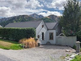 Stags Head Cottage - Arrowtown Holiday Home photos Exterior