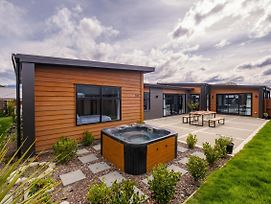 Shotover Spa Escape - Queenstown Holiday Home photos Exterior