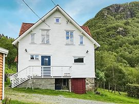 Four Bedroom Holiday Home In Erfjord photos Exterior
