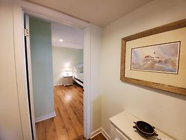 Ship Botton 2Nd Floor Condo With Heated Pool And Beautiful Views. Relax With Your Toes In The Sand Or Poolside 140395 photos Exterior