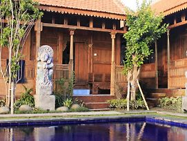 Jj Home Bali Guest House photos Exterior