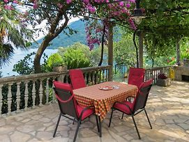 Nice Apartment In Kotor W/ 3 Bedrooms photos Exterior