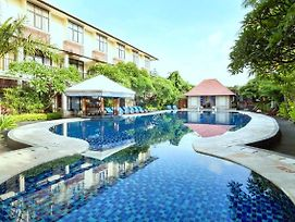 Best Western Resort Kuta photos Exterior