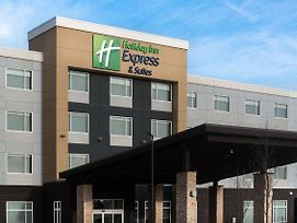 Holiday Inn Express & Suites West Edmonton-Mall Area photos Exterior