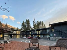 Secrets Inn Lake Tahoe photos Exterior