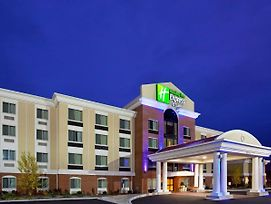 Holiday Inn Express & Suites Niagara Falls photos Exterior