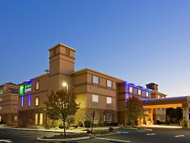Holiday Inn Express Absecon-Atlantic City Area photos Exterior