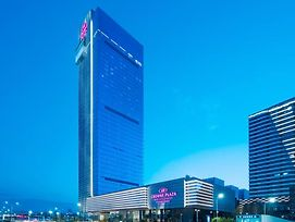 Crowne Plaza Baoji City Center photos Exterior