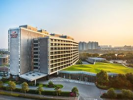 Crowne Plaza Shanghai Xiayang Lake photos Exterior