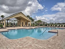 Quiet Sanford Townhome W/Pool Access -10Mins To Dt photos Exterior