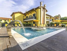 Beautiful Apartment In Cavallino-Treporti W/ Outdoor Swimming Pool And 2 Bedrooms photos Exterior