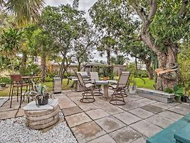 Charming Lake Worth Abode With Outdoor Oasis! photos Exterior