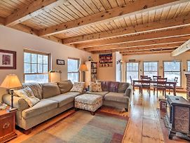 Mountaintop Family Cottage W/ 10 Acres In Wolcott! photos Exterior