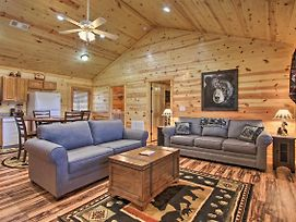 Dog-Friendly Log Cabin - 15 Mi To Dollywood! photos Exterior